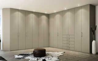 Угловая гардеробная; фото обзор всех нюансов и особенностей оформления в интерьере