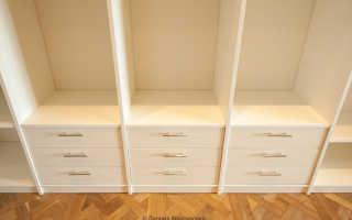 Шкафы-купе и гардеробные комнаты на заказ в Москве