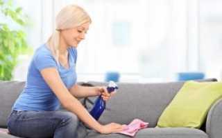 Чем удалить пятна крови с дивана