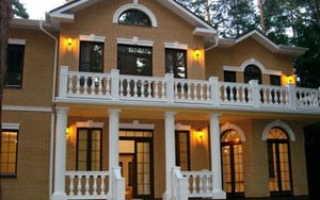 Отделка фасада дома; какой материал выбрать
