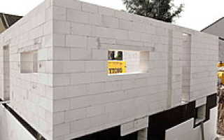 Чем отделать фасад дома из пеноблоков