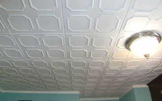 Чем покрасить потолочную плитку из пенопласта – выбор краски, правила покраски