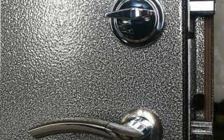 Как покрасить железную дверь своими руками