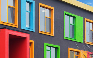 Можно ли покрасить пластиковые окна