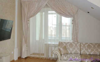 Оформление шторами окна с балконной дверью: Вы узнаете все секреты