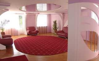 Розовый натяжной потолок — создание релаксирующей атмосферы в интерьере