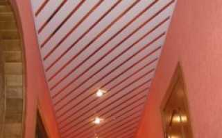 Сравнение натяжных и реечных потолков